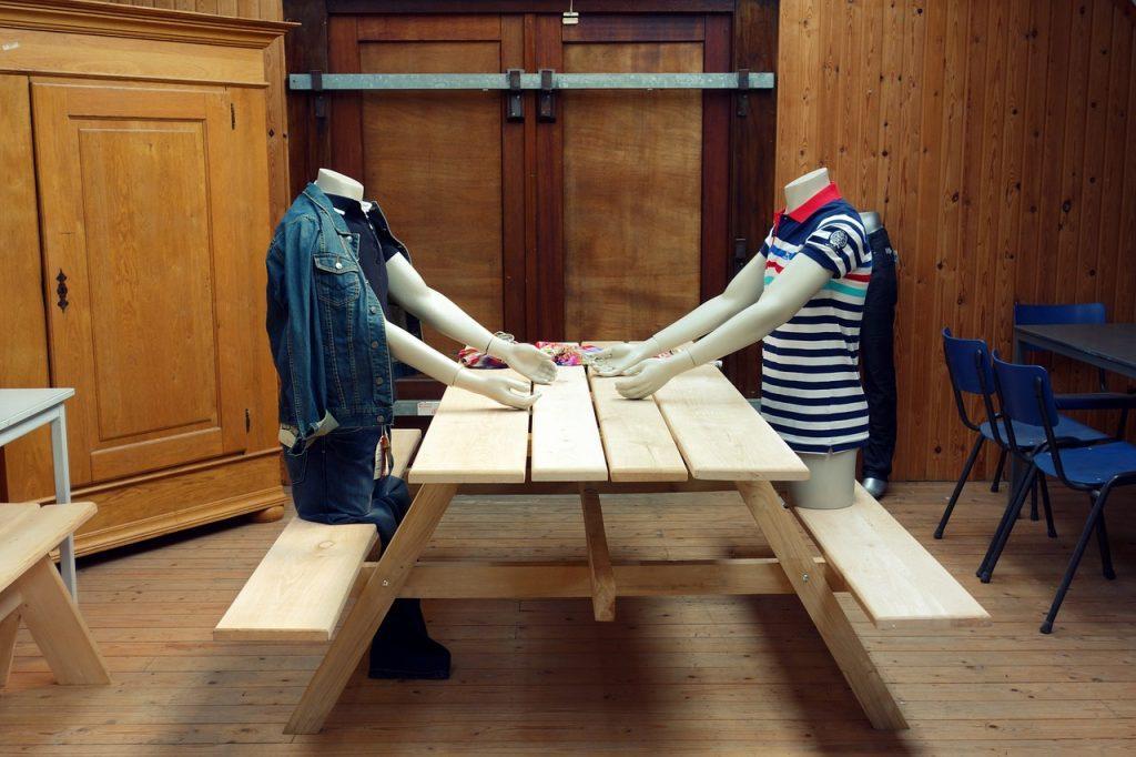 childrens clothes rail